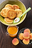 Quark pancakes with apricot sauce