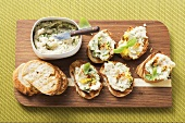 Crostini with bean and basil spread