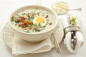 Zurek with sausage (Polish sour rye soup)