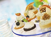 Goat's cheese and herb cheese canapés