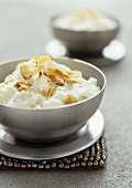 Rice pudding with toasted almonds