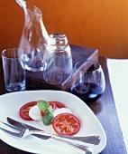 Insalata caprese (Tomato with mozzarella and basil)
