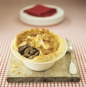 Steak and kidney pie (UK)