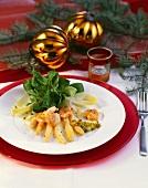 Fried king prawn tails with kiwi fruit relish & asparagus