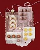 Cream crescents, raspberry rosettes & star biscuits (Mailänderle)