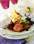 Beef fillet with shallots and filled crêpe 'purse'