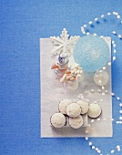 Meringue snowmen and coconut almond macaroons