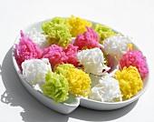 Coloured coconut flakes (Thailand)