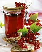 Redcurrant jelly and redcurrants
