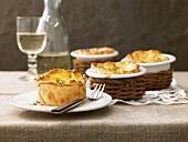 Savoury cheese tarts