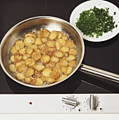 Deep-frying potatoes