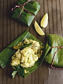 Steamed fish with coriander in banana leaf (India)
