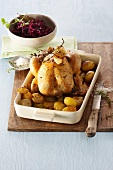 Vermouth chicken with red cabbage