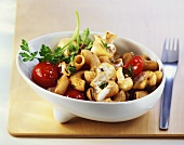 Wholemeal pasta with mushrooms and cherry tomatoes
