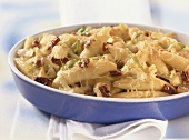 Potato noodle bake with leeks and dried tomatoes