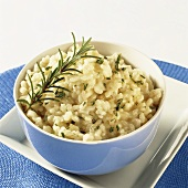 Rosemary rice in blue bowl