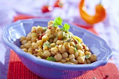 Chick-peas with chillies, herbs, coconut milk (India)
