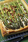 Asparagus tart with pine nuts