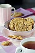 Vanilla macadamia biscuits with tea