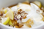 Yoghurt with muesli, honey and apple