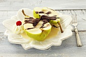 Pear with almond sauce and chocolate