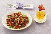 Fried chanterelles with grapes