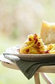 Spaghetti with chili and garlic