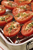 Tomato halves with thyme and garlic