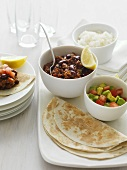 Chili con carne, tortillas and salsa