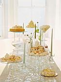 Kuchen und Torten mit Kerzenhalter