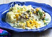 Fischfilet mit Eier-Senf-Sauce und Kartoffelpüree