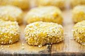 Falafel (fritierte Kichererbsenbällchen)