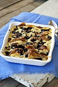 Bread bake with pears and chocolate