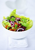 Mixed salad with kidney beans and avocado