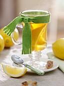 Heiße Zitronenlimonade gegen Erkältung