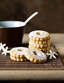 Canestrelli biscuits dusted with icing sugar
