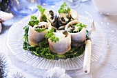 Herring rolls with capers (Christmas)