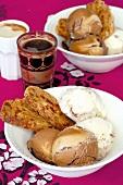 Eisdessert mit Biscotti und Affogato