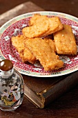 Deep-fried prawn toast (China)