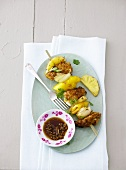 Chicken and vegetable kebab with sauce