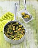 Green fruit compote (kiwi fruit, gooseberry, rhubarb)