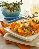 Rice dish with Gorgonzola and strips of carrot