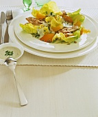 Lettuce with turkey breast fillet and apricot wedges