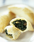 Spinach pasties in puff pastry