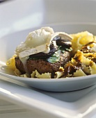 Veal fillet with shiitake mushrooms & goat's cheese on farfalle