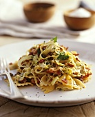 Pasta with leeks,  bacon and herbs