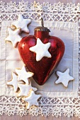 Cinnamon stars and a heart-shaped tree ornament