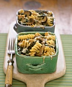 Pasta, spinach, cheese and mushroom gratin