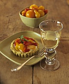 Tomato tartlet with herb quark