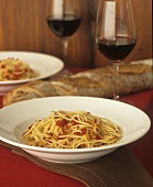 Spaghetti with spicy pepper and garlic sauce